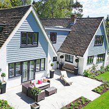 Photo-lumineuse-maison-rénovation-fermetures-fenêtres-pvc-volets-roulants-motorisés